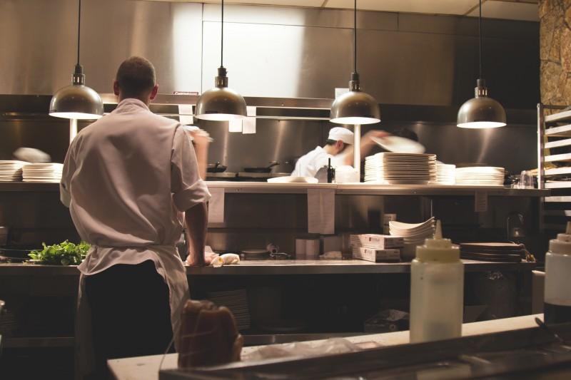 Godt kokketøj beskytter dine kokke og giver et ensartet look